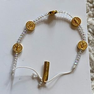 Jewelry - Crystal bead bracelet with gold tones